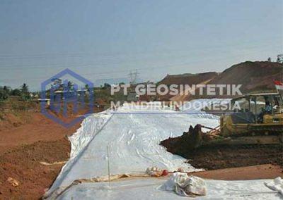 woven-geotextile-pemasangan-2